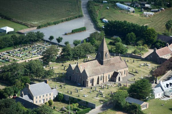 80st_ouens_church_2015_1_aerial_photo_2x